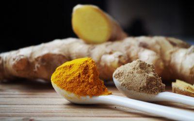 Cúrcuma y pimienta, razones para aficionarte al curry