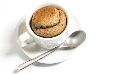 El gourmet saludable: bizcocho de proteínas en una taza