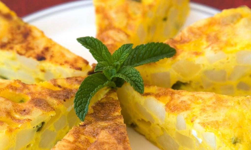 Por qué la cebolla en la tortilla es un error, según la ciencia