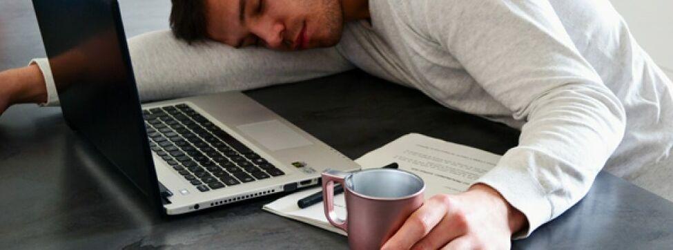 Por qué tomar café antes de la siesta