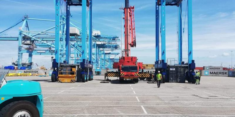 Opbouw straddle carriers dankzij Antwerpse expertise