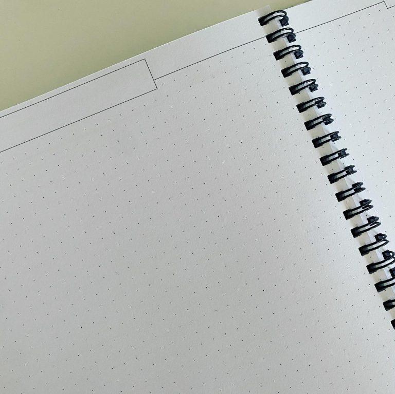 Prik-sider så du kan slippe kreativiteten løs - eller til fx at tegne elevernes pladser ind osv.
