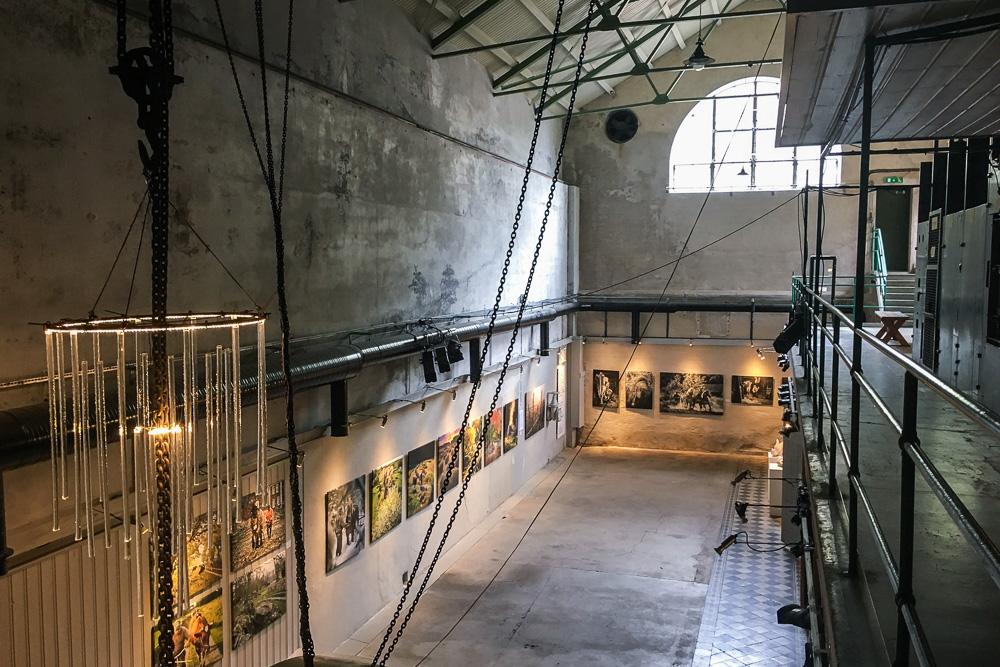 Reisetips-til-värmland-kraftstasjonen-deje-galleri-kunst