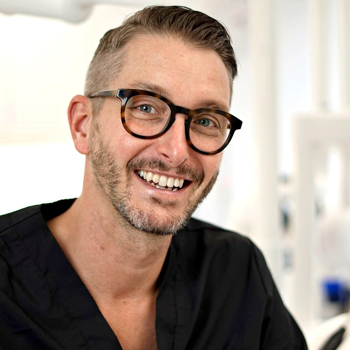 Jon-Ivarsson_Optimal_Dental