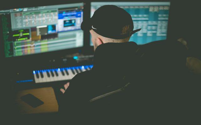 Lees meer over het artikel Music Production Basics for Beginners