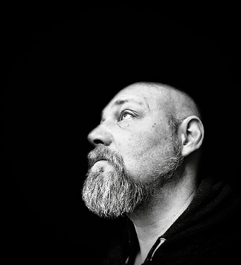 Foto på författaren Henrik Nord