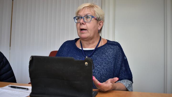 Det går inte längre att ha avgiftsfria offentliga toaletter, konstaterar tekniska nämndens ordförande Yvonne Bergvall (S).