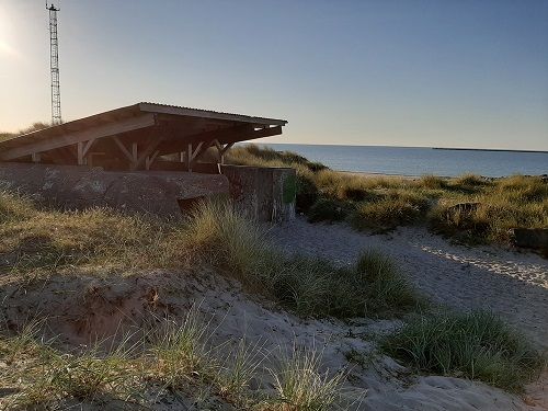 Shelter ved vandet Vestjylland shelter ved havet luftværnsbunker vThyborøn kanal