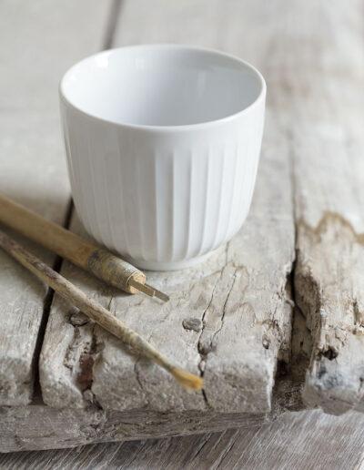 02-krus-keramik-locationfoto-kaehlerdesign-kaehlerbakken-miljoefoto-annaoverholdt