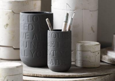 15-vaser-keramikvaerksted-gammeltvaerktoej-kahlerdesign-locationfoto-annaoverholdt