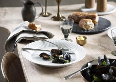 18-muslinger-borddaekning-broed-madbilleder-kahlerdesign-annaoverholdt