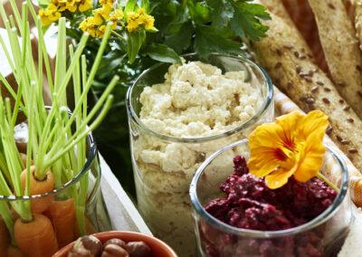 27-picnic-snackopskrifter-guleroedder-foodstyling-madfoto-annaoverholdt