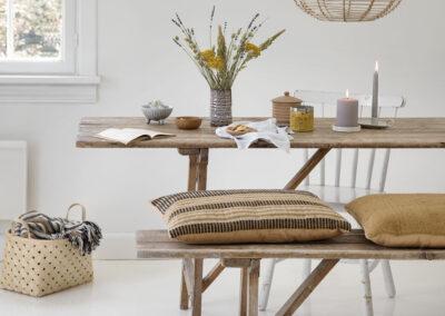 27-spisebord-rustikstil-puder-sostrenegrene-interior-locationfoto-annaoverholdt