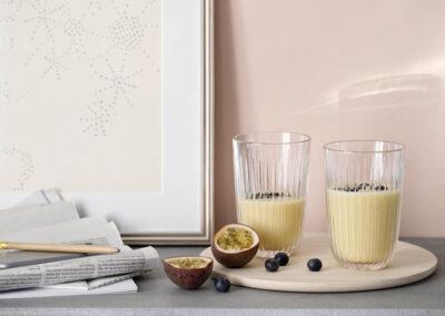 29-pastelfarver-interior-vandglas-smoothies-kahlerdesign-annaoverholdt