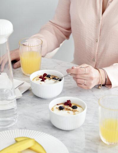 30-morgenmad-pastelfarver-model-imagebilleder-kahlerdesign-annaoverholdt