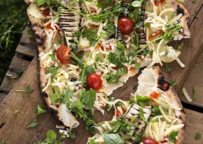 35-pizza-outdoorcooking-madfoto-foodstyling-olesgaard-annaoverholdt