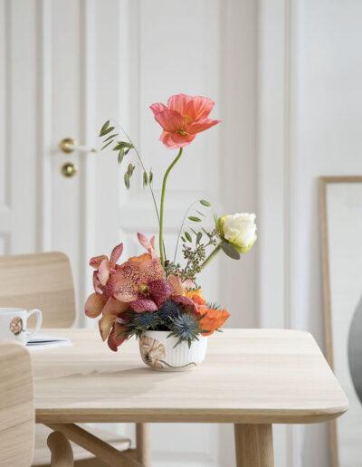 37-Blomsteropsats-spisebord-interioer-studie-fotostudie-fotoafstudie-annaoverholdt
