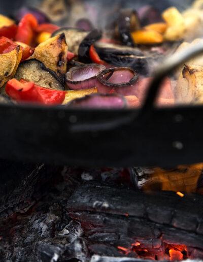 43-grillmad-wokret-madfotografering-outdoorkitchen-fotograf-annaoverholdt