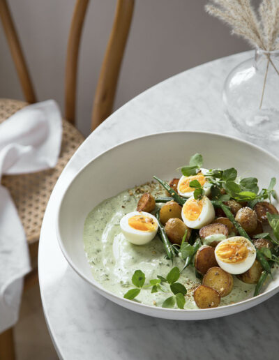 53-kartoffelsalat-aeg-spisbedre-madfoto-foodstyling-anna overholdt