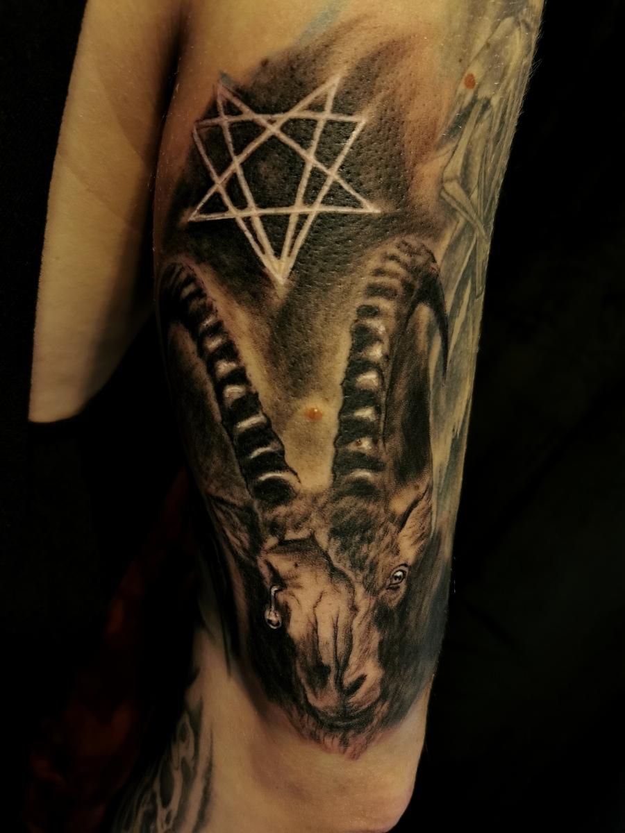 Zombie Ziegenbock / Steinbock Tattoo