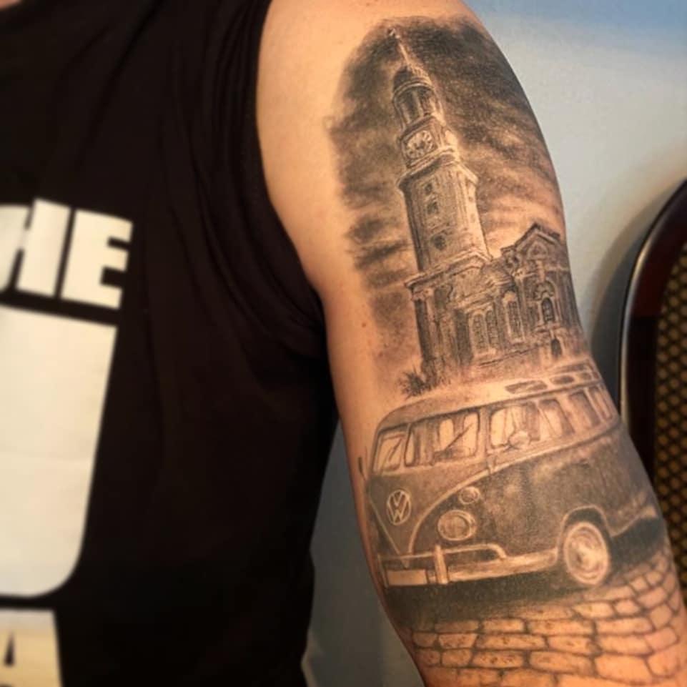 VW Bus Michel Hamburg Tattoo