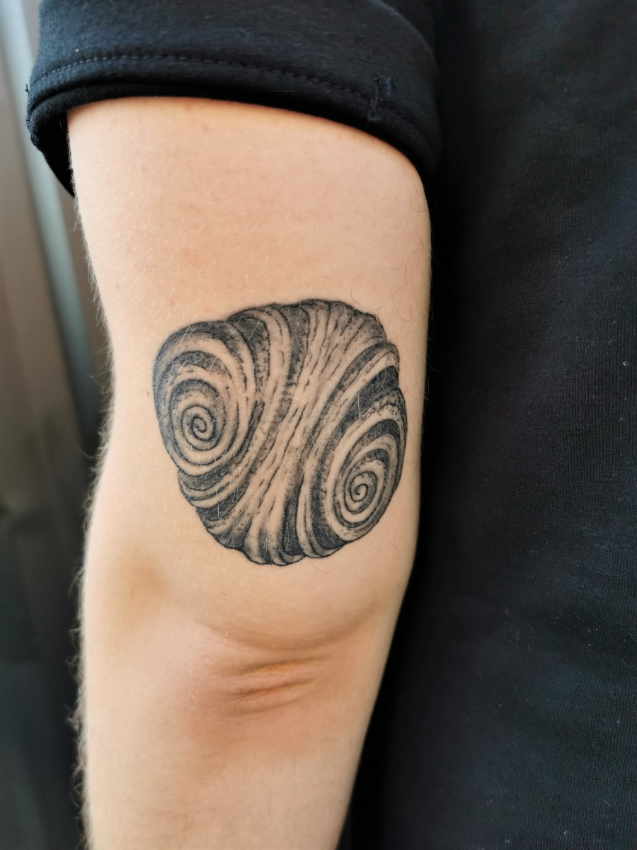 franzbroetchen.tattoo.verheilt