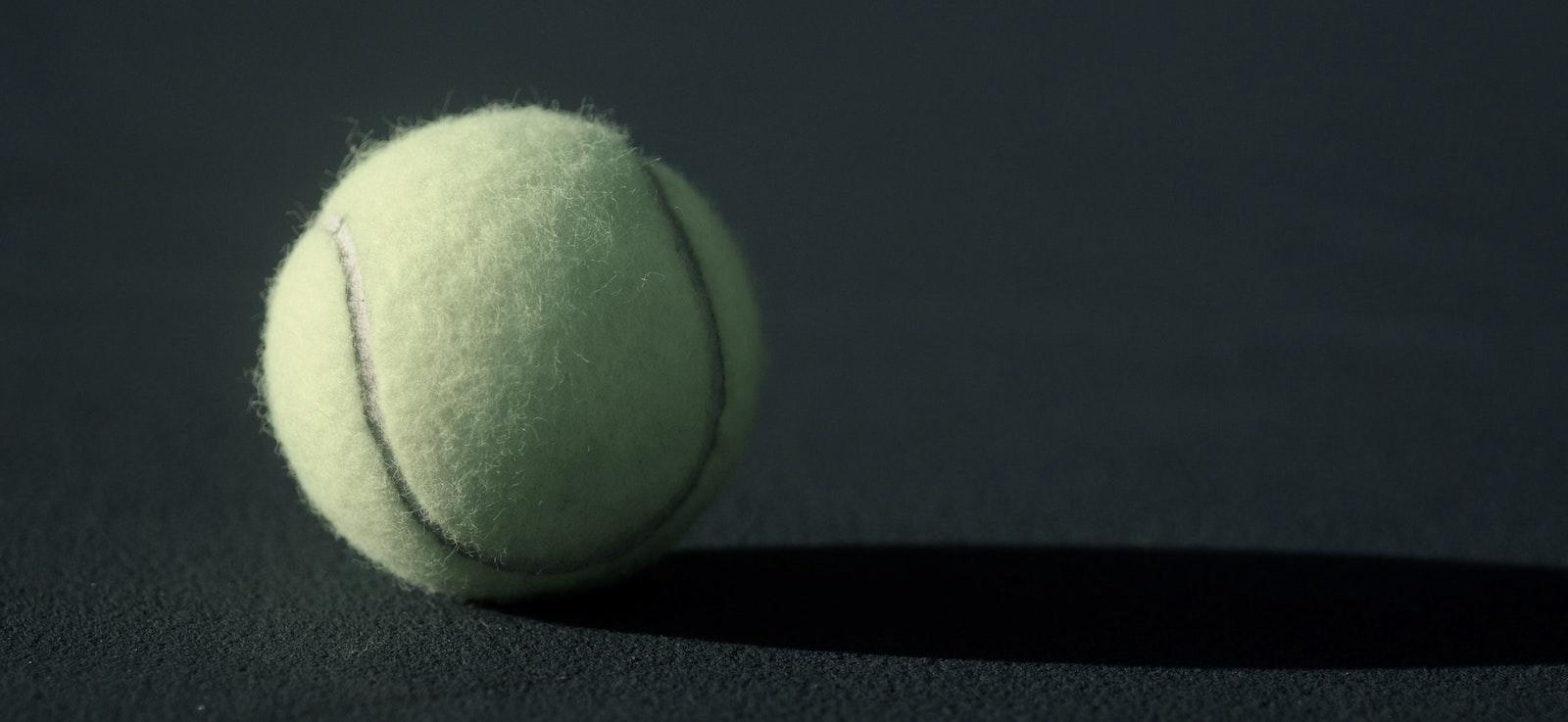 Så behåller du trycket i padelbollarna