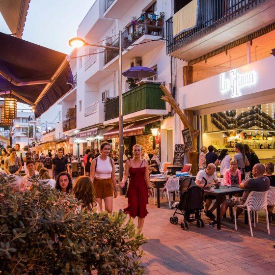 Calle San Vicente de Santa Eulària des Riu