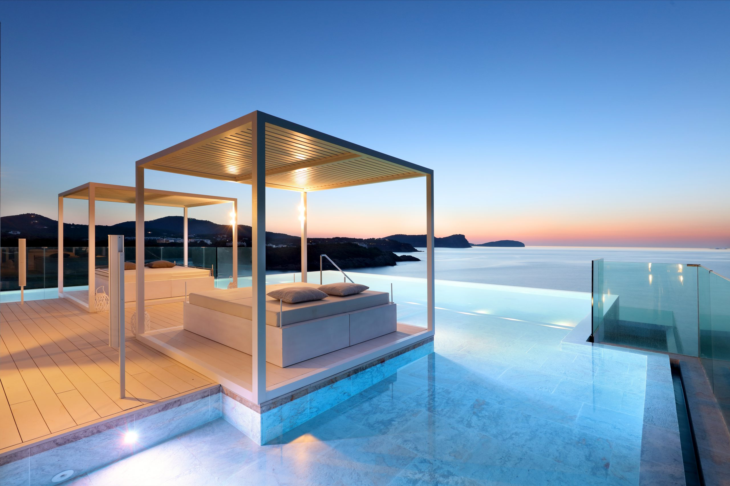 Rooftop del Bless Hotel Ibiza by Palladium Hotel Group
