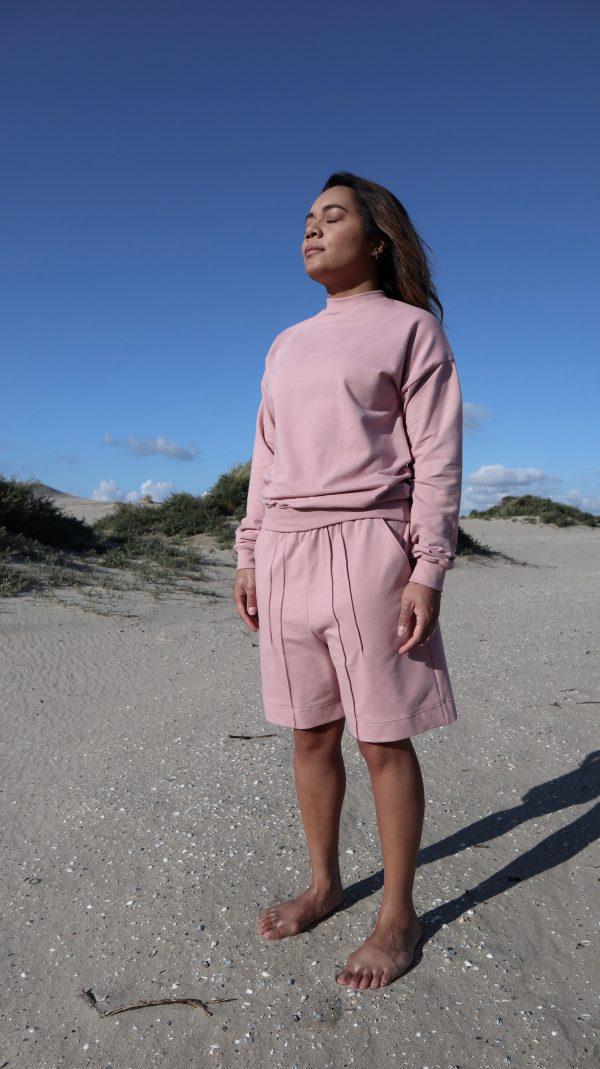 sweater-pink