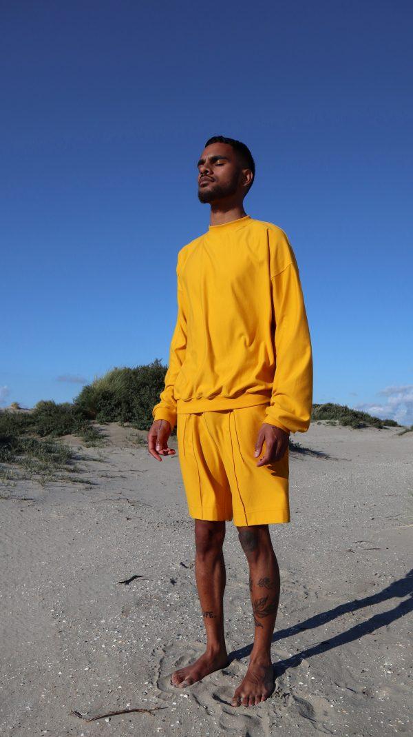 sunflower-sweatshirt