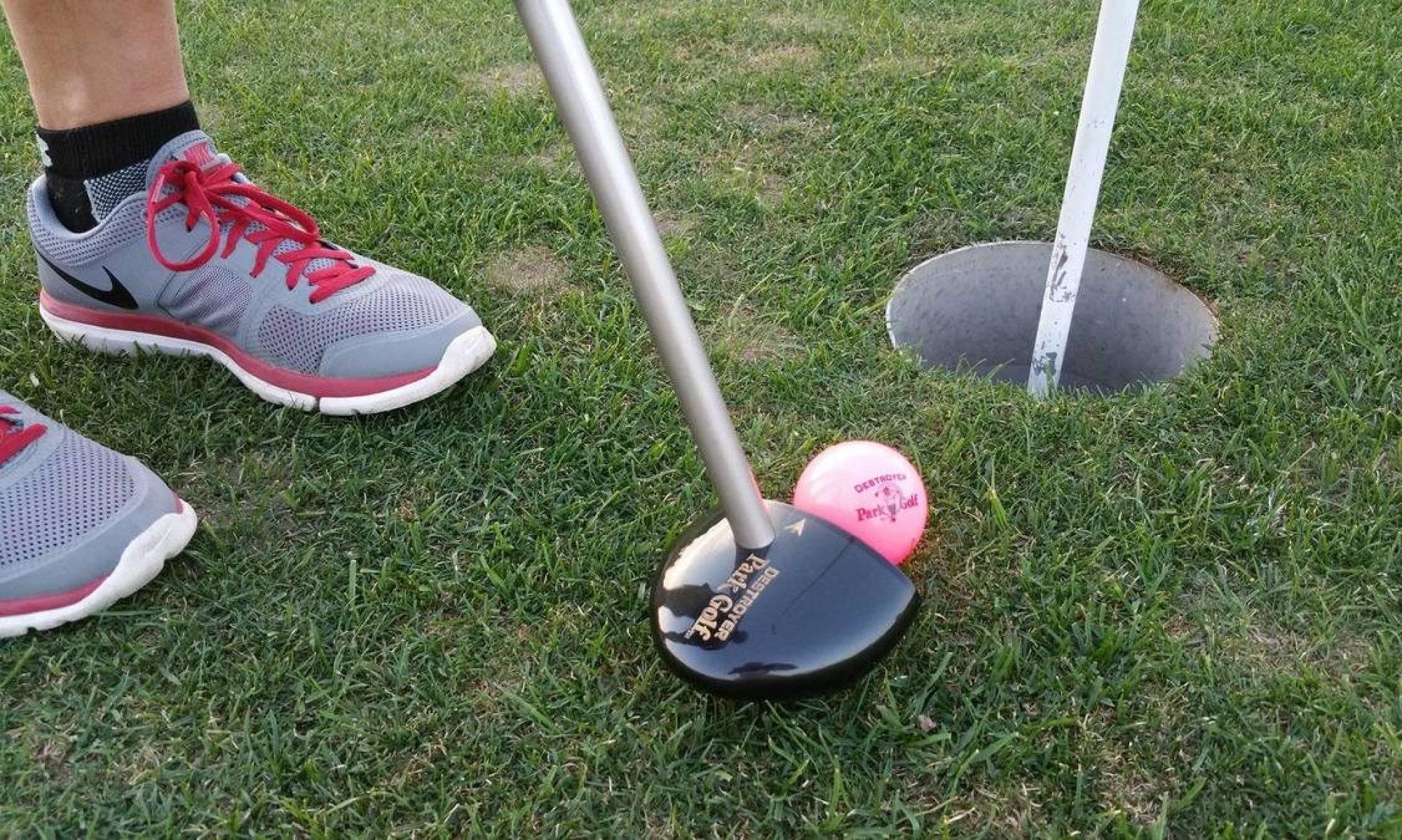 Parkgolf - Letspillet Japansk Golf for alle aldre. 2x9 huller. Inklusiv udstyr og instruktion. +45 3028 1009
