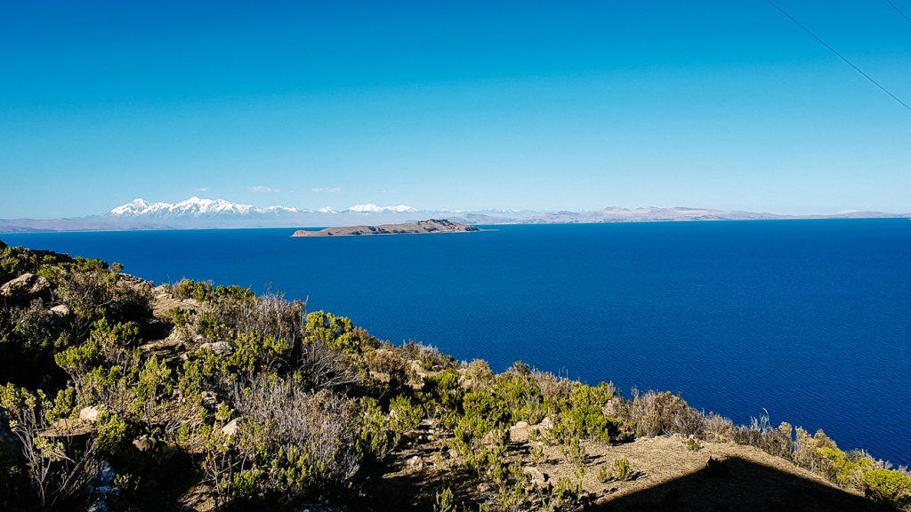 uitzicht op Titicaca lake vanaf Isla del Sol