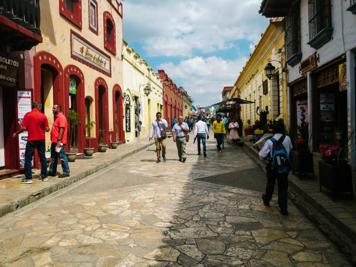 sfeervolle straten van San cristobal de las casas, bergdorpje in Chiapas Mexico