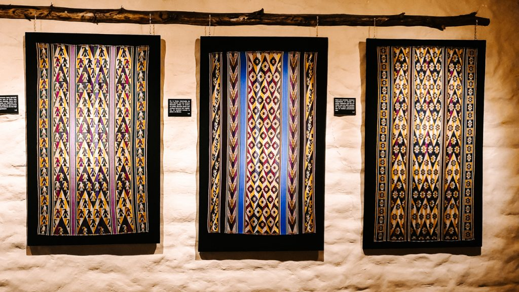Museo de Arte Indígena Asur museum over handwerk en weefkunst in sucre