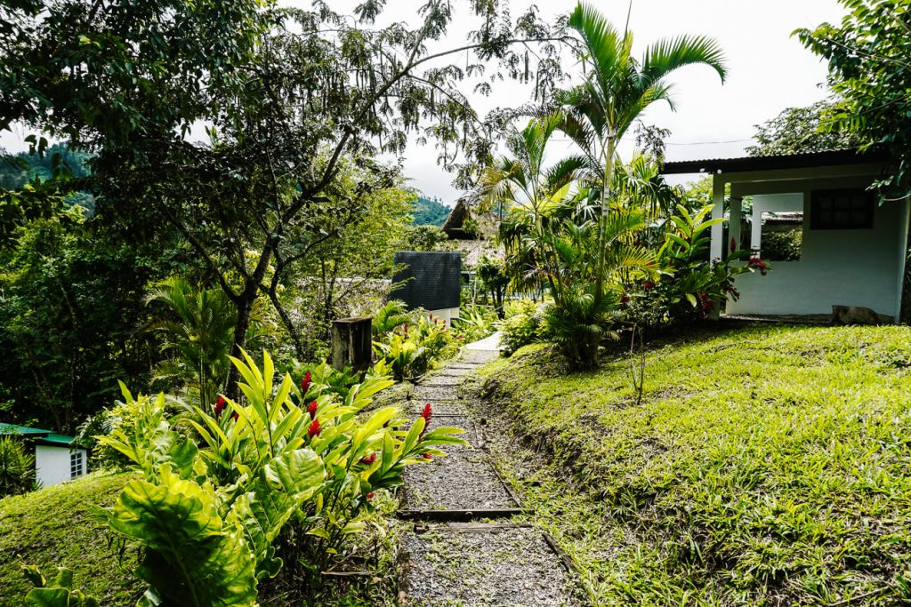 Lanquin hotels |Zephyr lodge