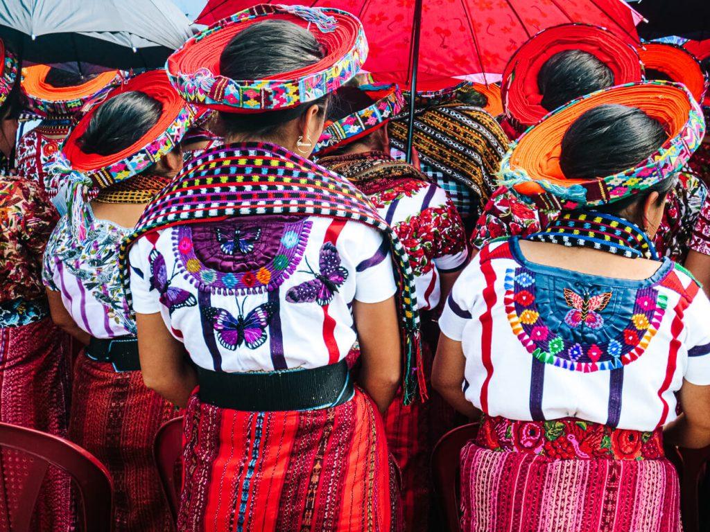klederdrackt Lake Atitlan Guatemala