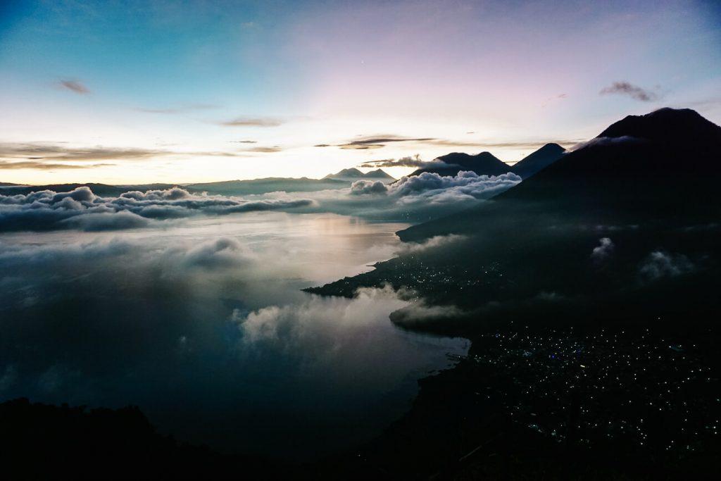 Indian Nose viewpoint   Lago de Atitlán