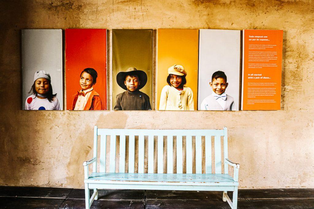 foto's van kinderen in Good Hotel Antigua Guatemala, centraal gelegen ten opzichte van de bezienswaardigheden