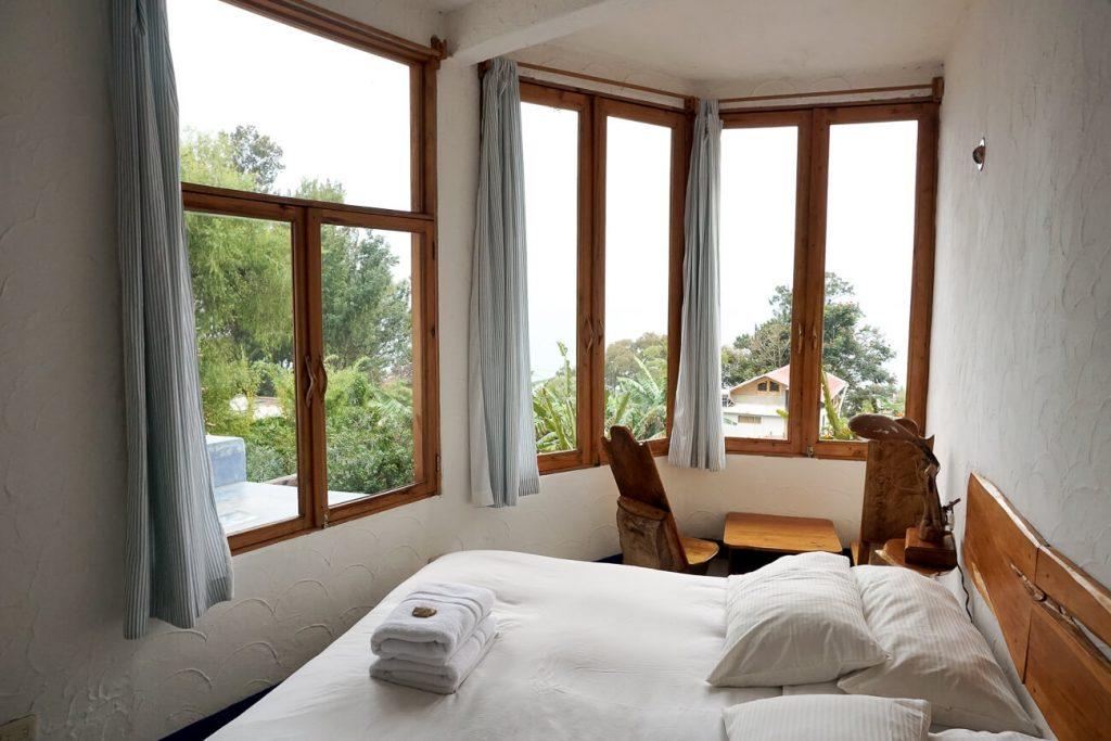 kamers van lush atitlan | hotels in guatemala
