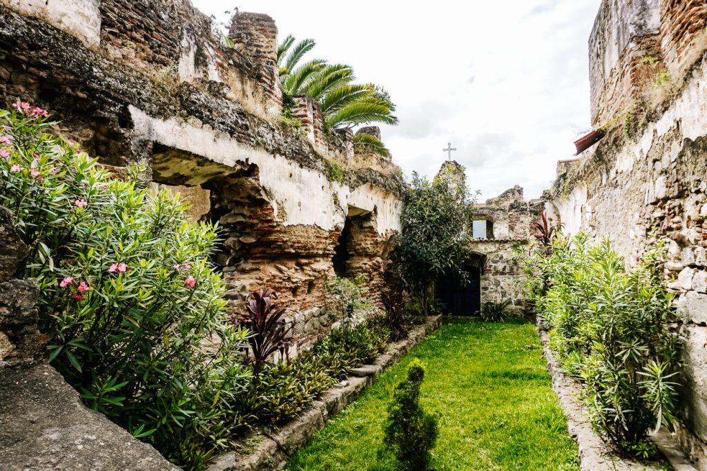 ruïnes van voormalig klooster San Francisco in Guatemala