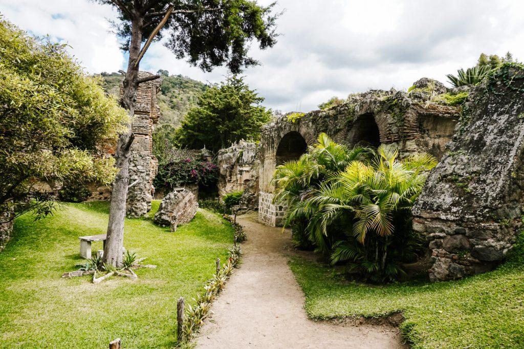 San Francisco ruïnes in Antigua Guatemala
