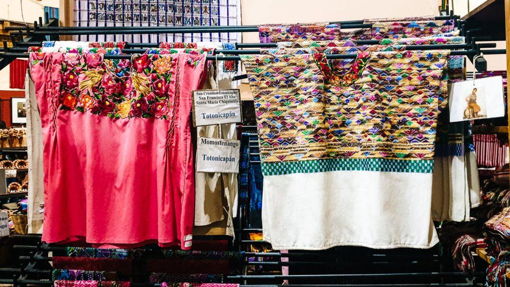 Nim kot - winkel met handwerk in Guatemala