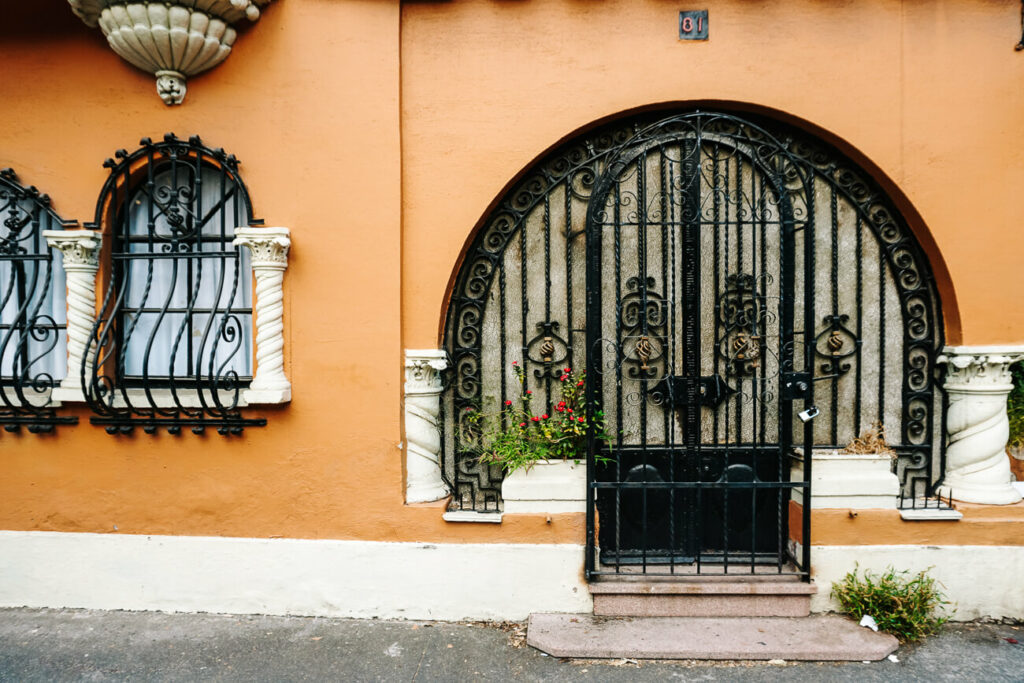 mooie gebouwen in de wijk Roma