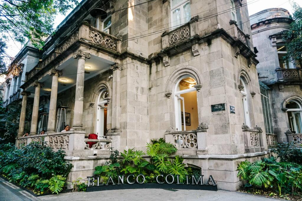 restaurant blanco colima in calle colima in Roma Mexico stad