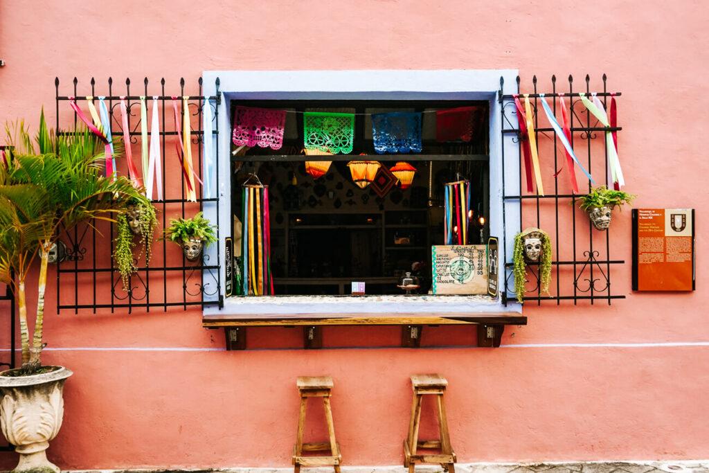 gekleurde huizen in Valladolid