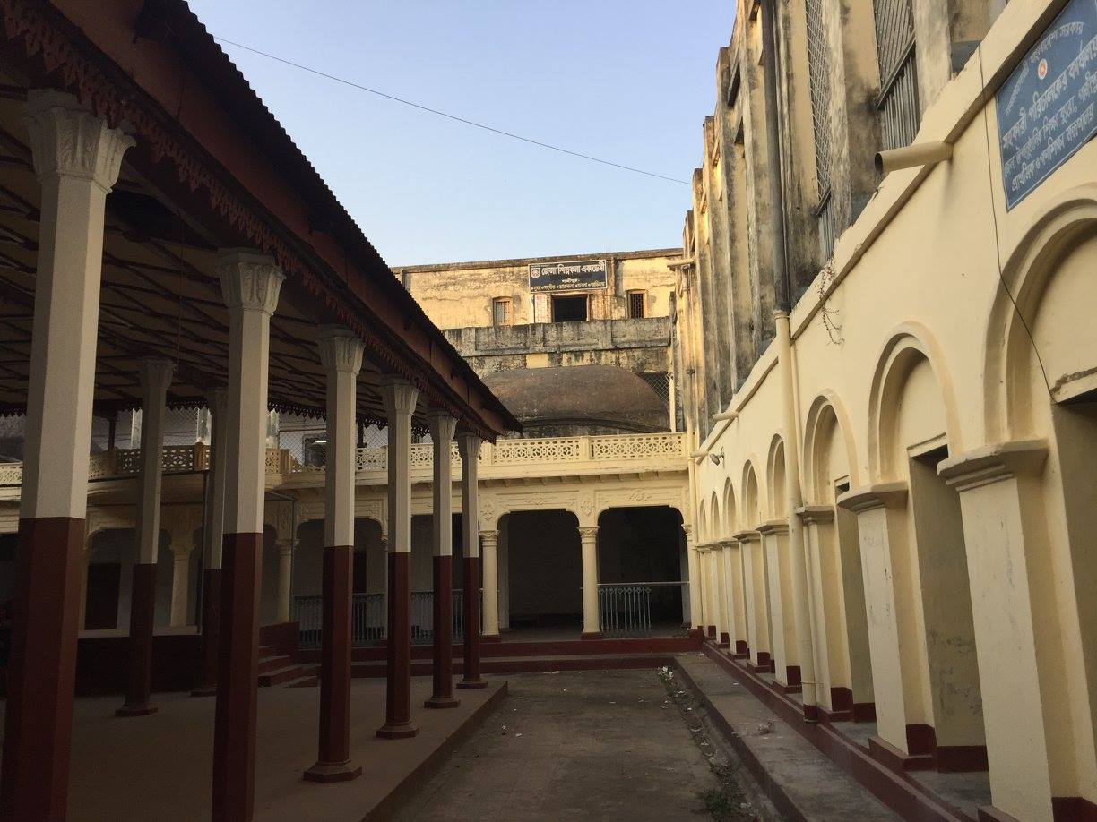 Palace to Partition: My Mother's Tale