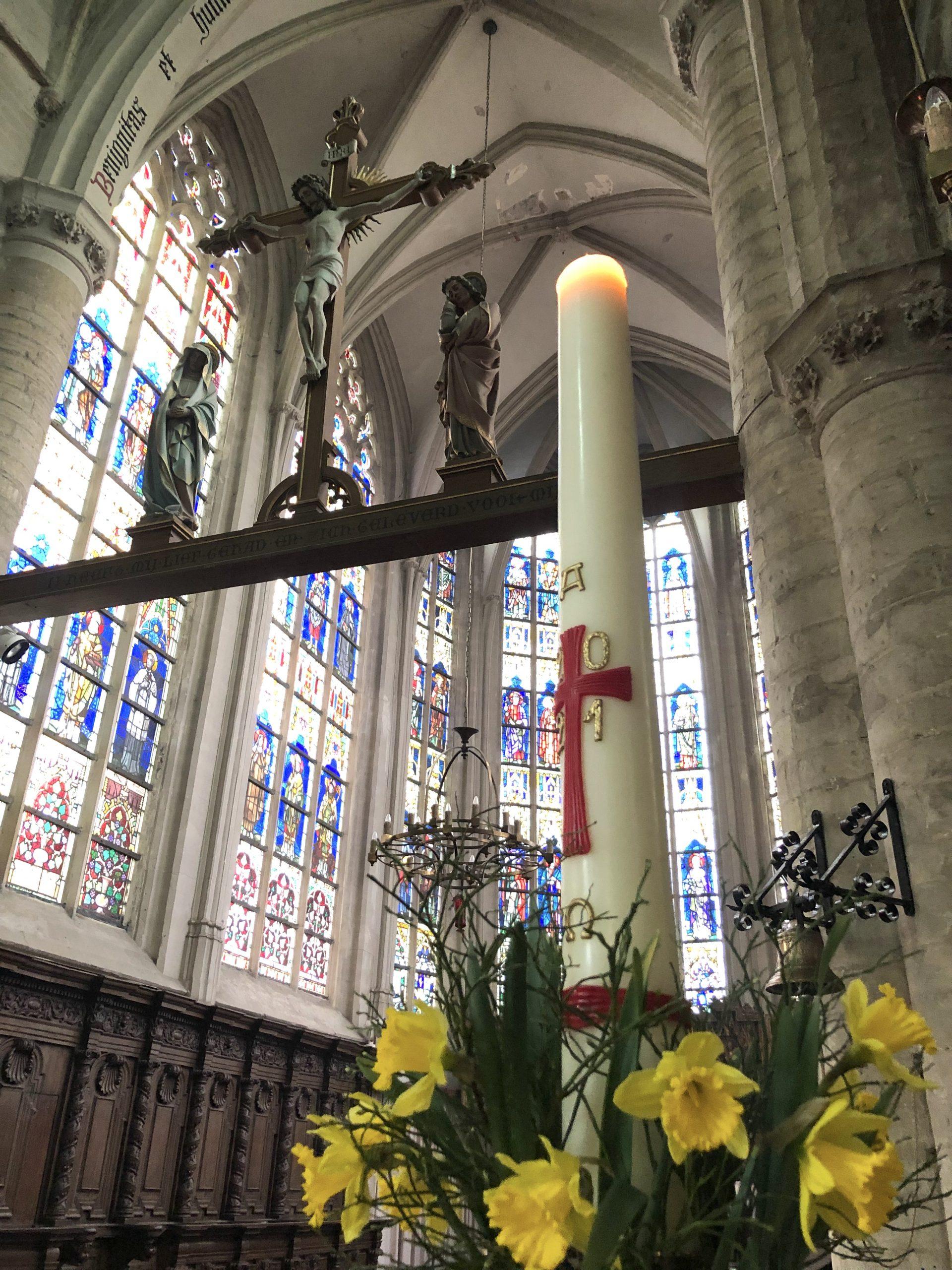Paaskaars Sint-Salvator
