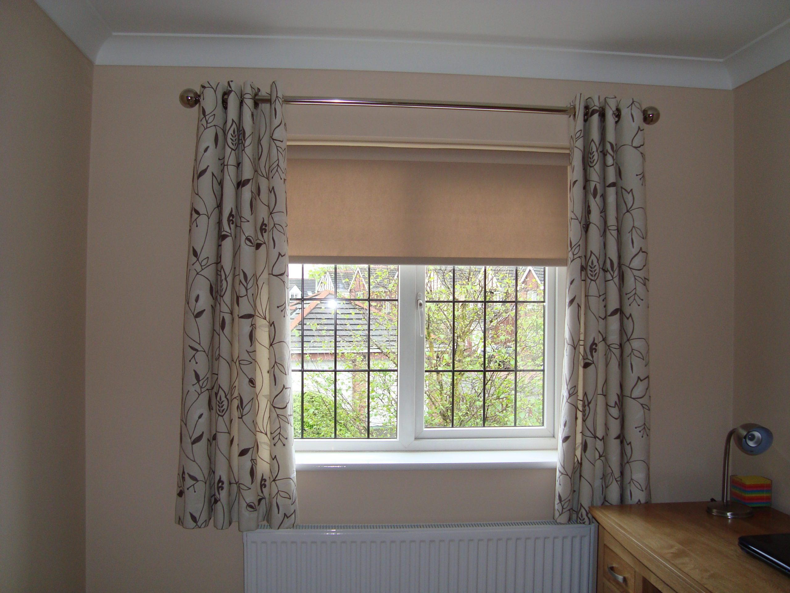 Cream Roller Blinds with Eyelet Curtains