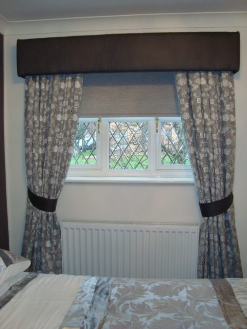 Curtains, Roller-blinds and box Pelmet